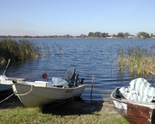 Picture of boat fishing on Lake Bess